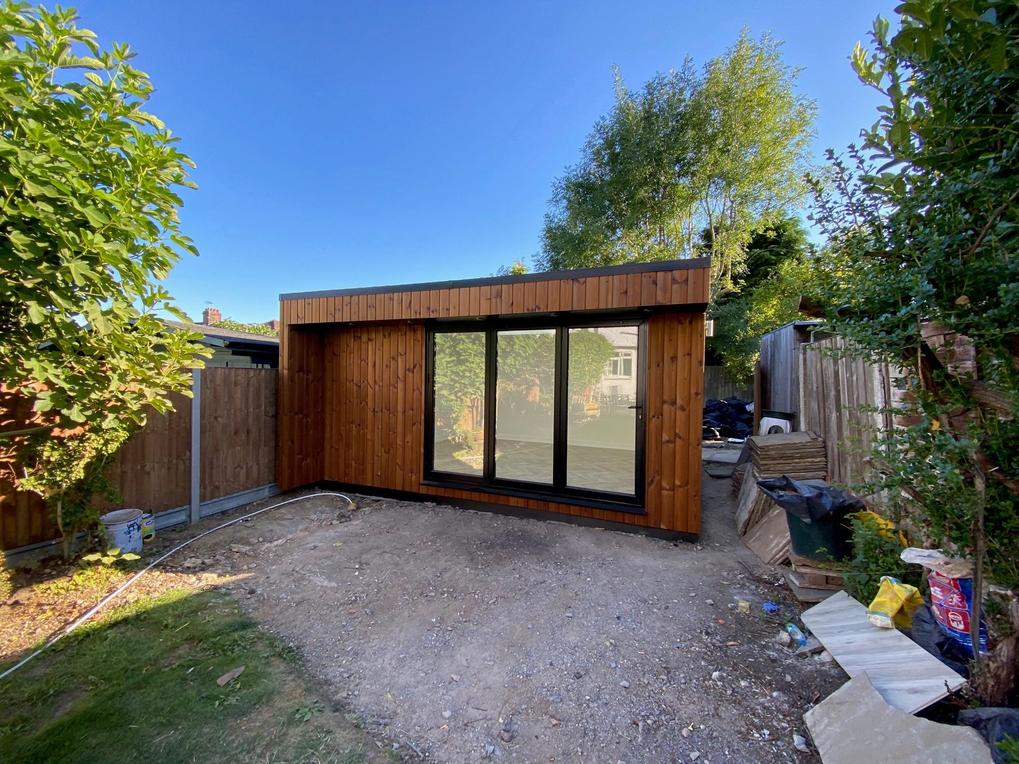 Flat Roof Garden Room - TRJ Construction